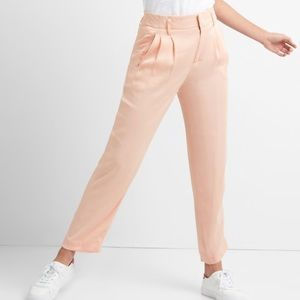 NWT Gap Pleated Pale Pink Satin Pants